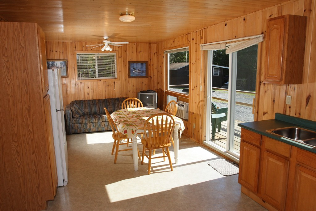 Cabin No.10 on Eagle Lake Ontario Canada
